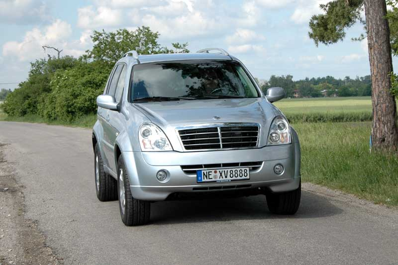 ssangyong rexton ii rx 270 xdi picture 9 reviews news. Black Bedroom Furniture Sets. Home Design Ideas