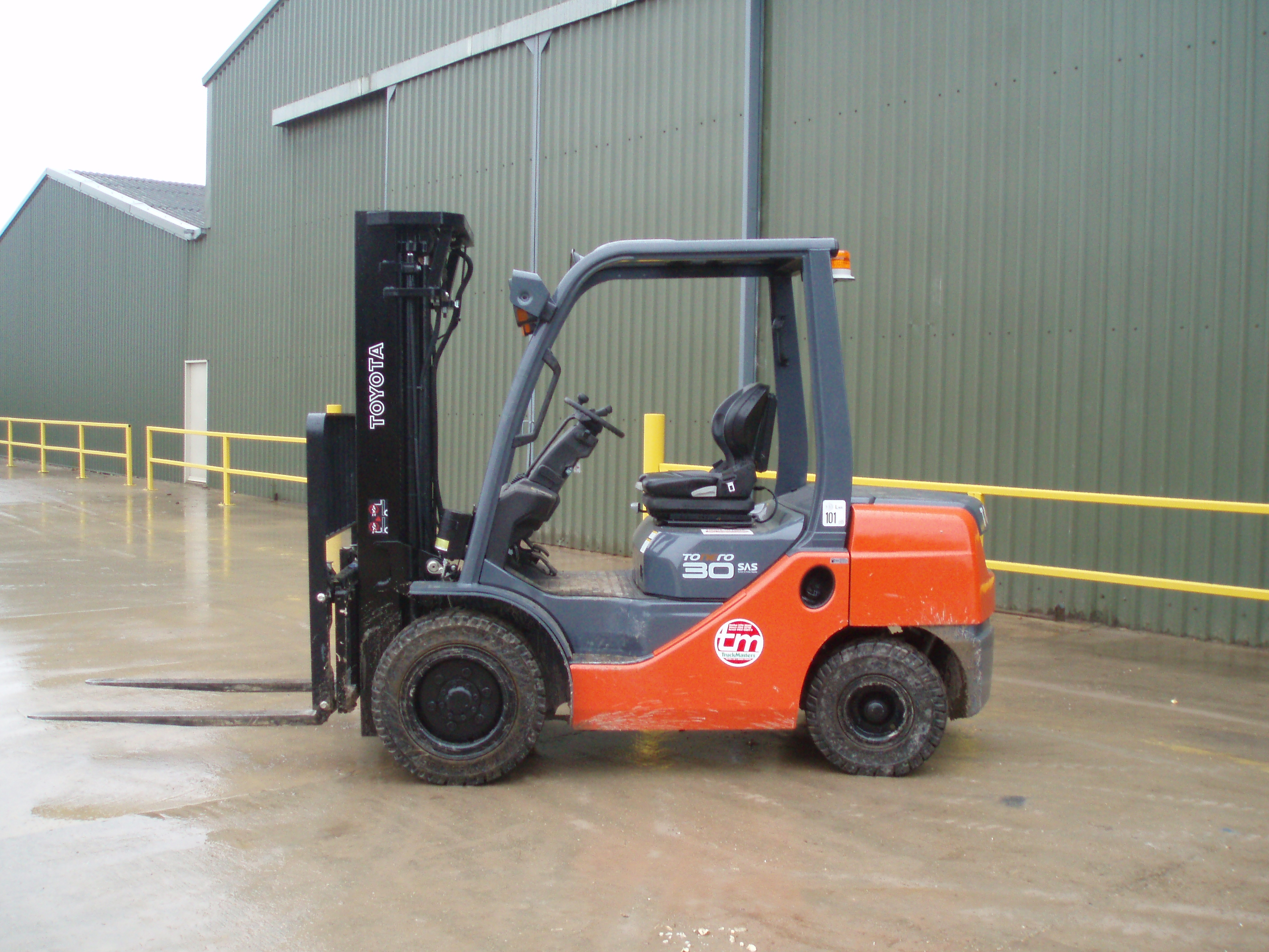 Toyota Forklift Picture 7 Reviews News Specs Buy Car