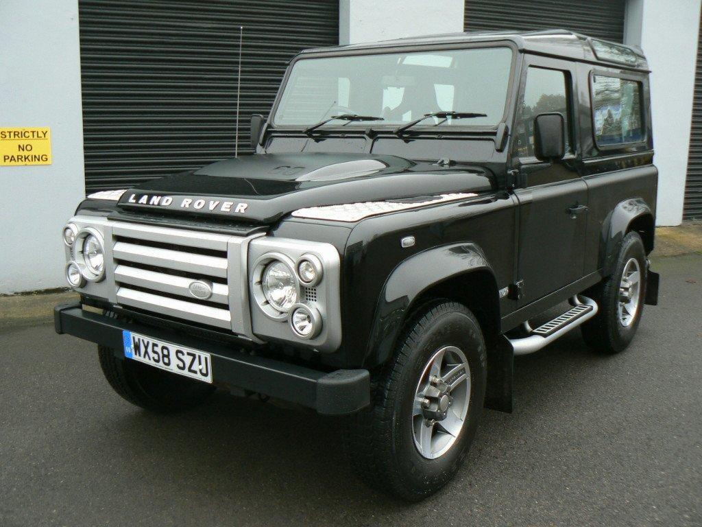 Land Rover Defender 110 SVX 60th Anniversary Edition:picture