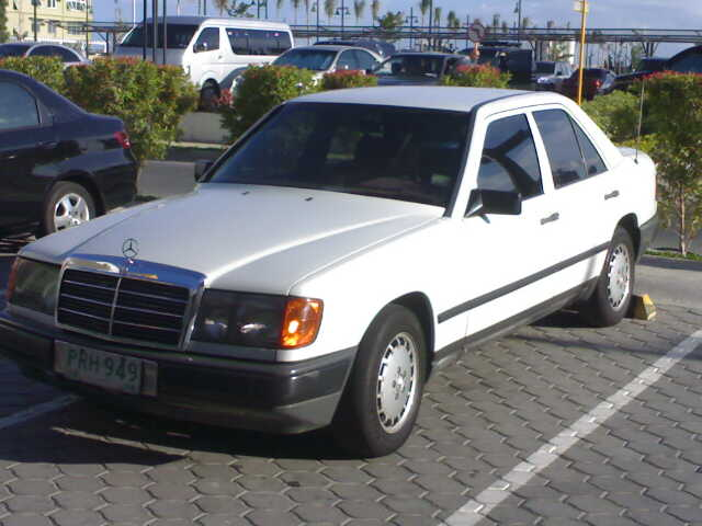 Mercedes benz 230e picture 8 reviews news specs buy car for Mercedes benz 230e