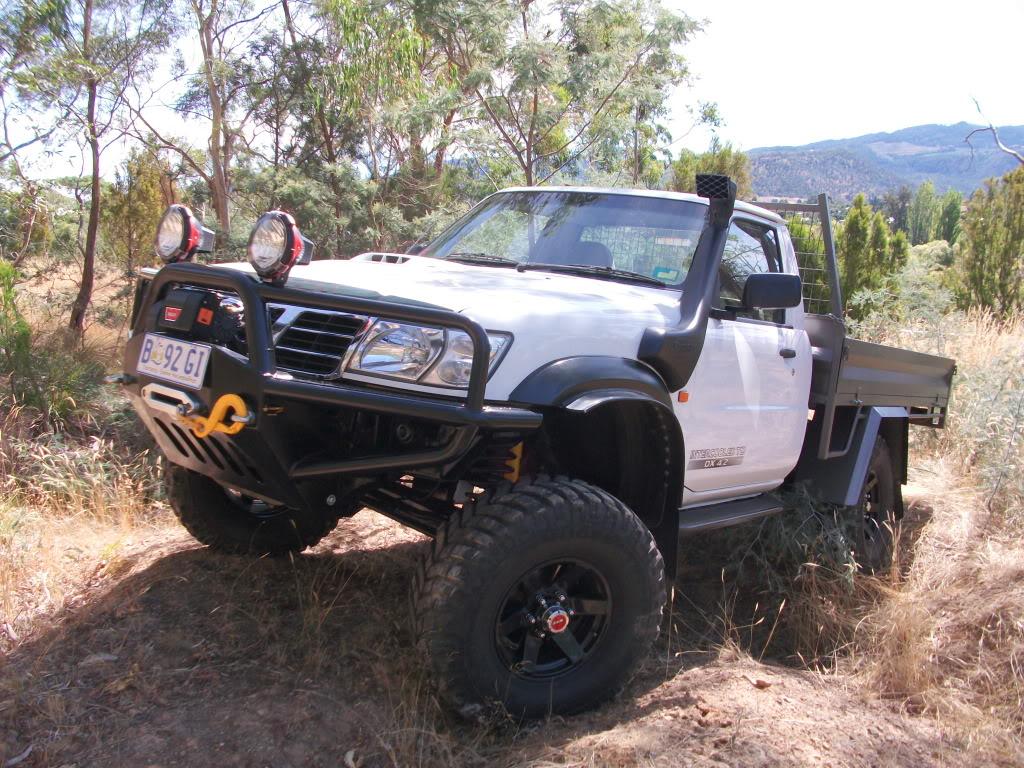 Nissan Patrol Pick Up Photos Reviews News Specs Buy Car