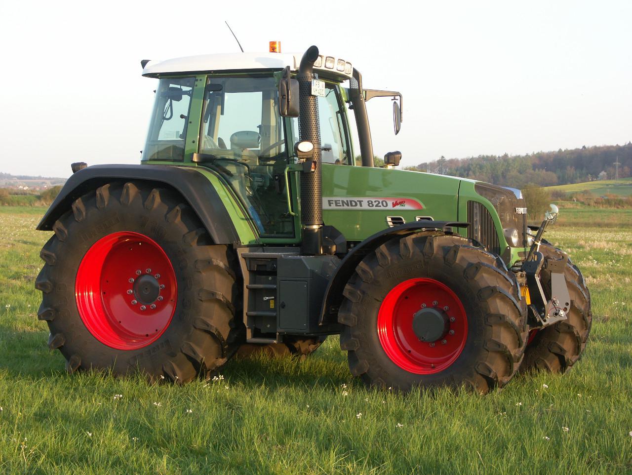 Ausmalbilder Traktor Fendt : Ausmalbilder Fendt Malvorlage Gratis