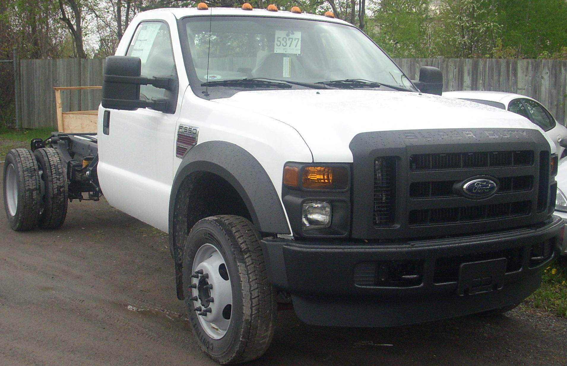 ford f 550 super duty photos reviews news specs buy car. Black Bedroom Furniture Sets. Home Design Ideas