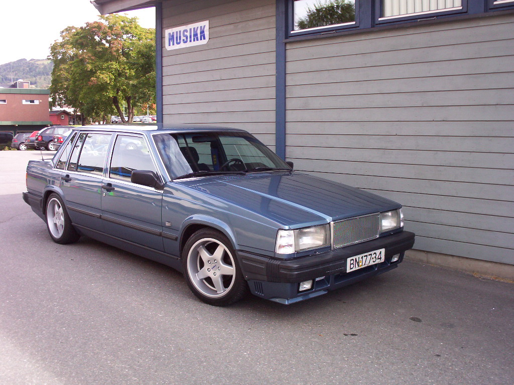volvo 740 turbo photos reviews news specs buy car. Black Bedroom Furniture Sets. Home Design Ideas