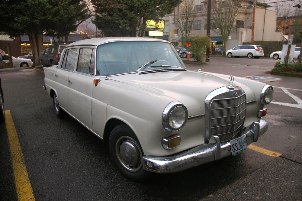 Mercedes benz 190c photos reviews news specs buy car for Who buys mercedes benz
