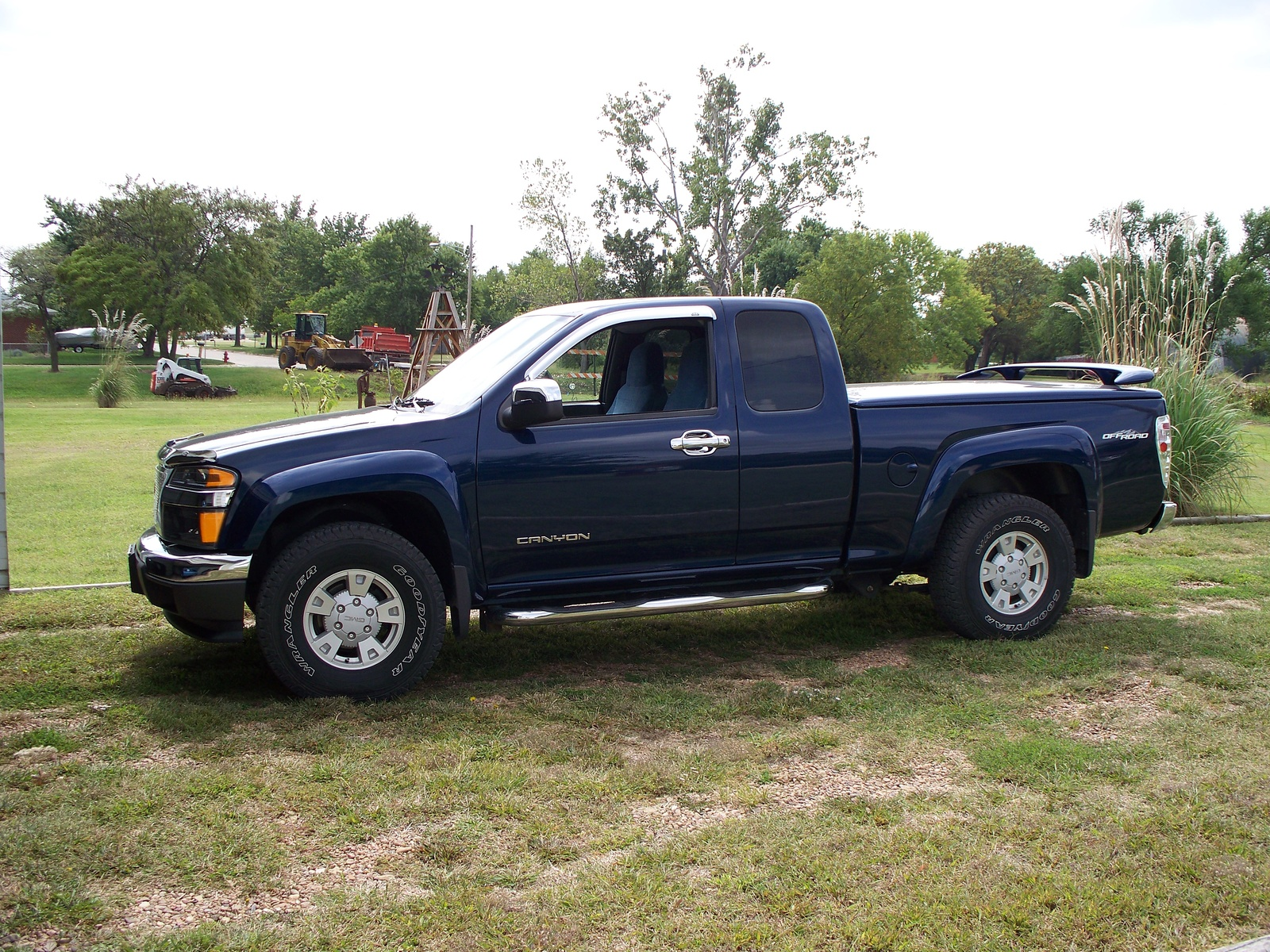 gmc canyon 4x4 photos reviews news specs buy car