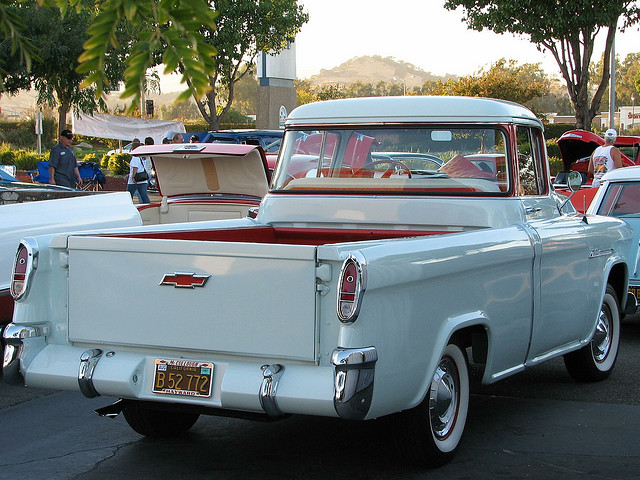 Chevrolet 3100 Cameo Pickup:picture # 10 , reviews, news, specs, buy car
