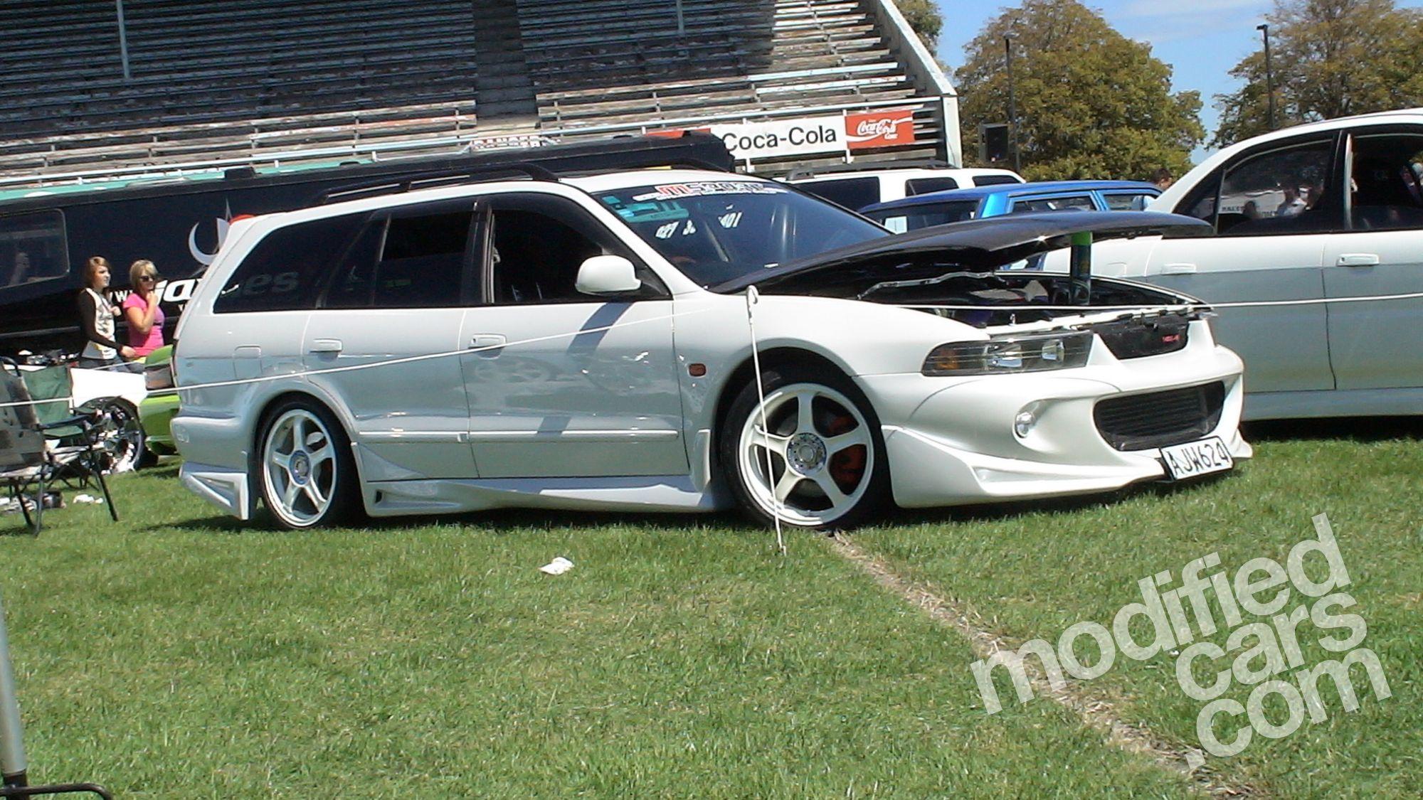 Mitsubishi Legnum VR4