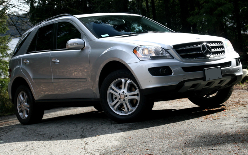Mercedes benz ml 320 cdi photos reviews news specs for How much is service a for mercedes benz