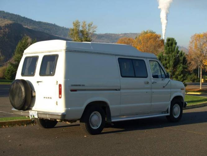 Ford Econoline 150 Camper:picture # 11 , reviews, news