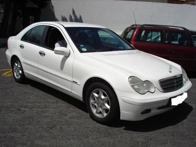 Mercedes benz c 180k classic sedan picture 6 reviews for Buy classic mercedes benz