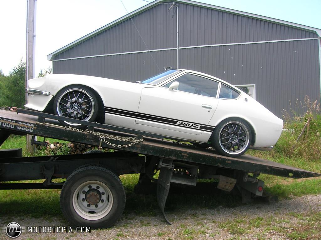 Datsun 280z photos reviews news specs buy car for Mobilia 1970