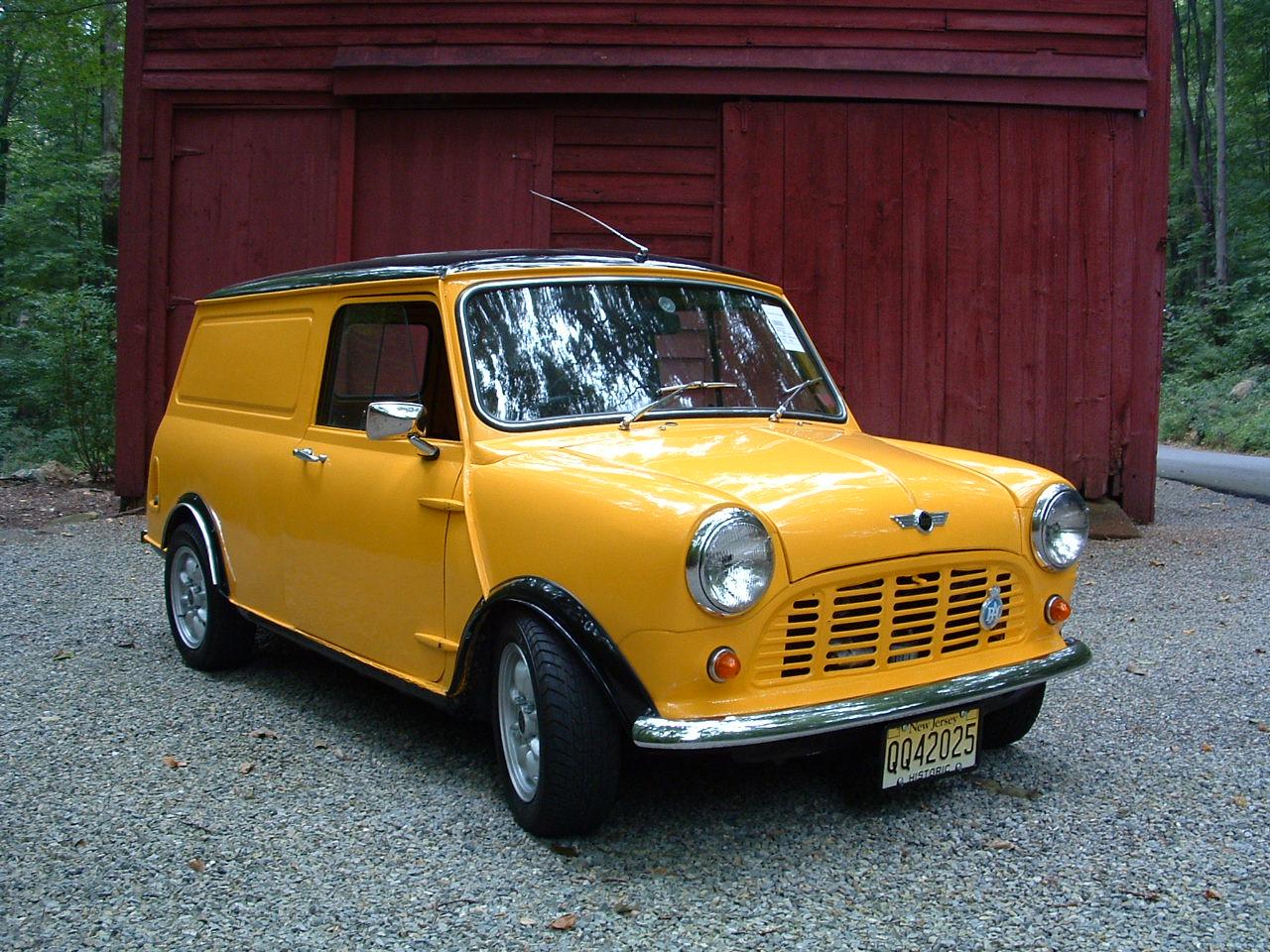 Austin Mini Van s Reviews News Specs Buy car