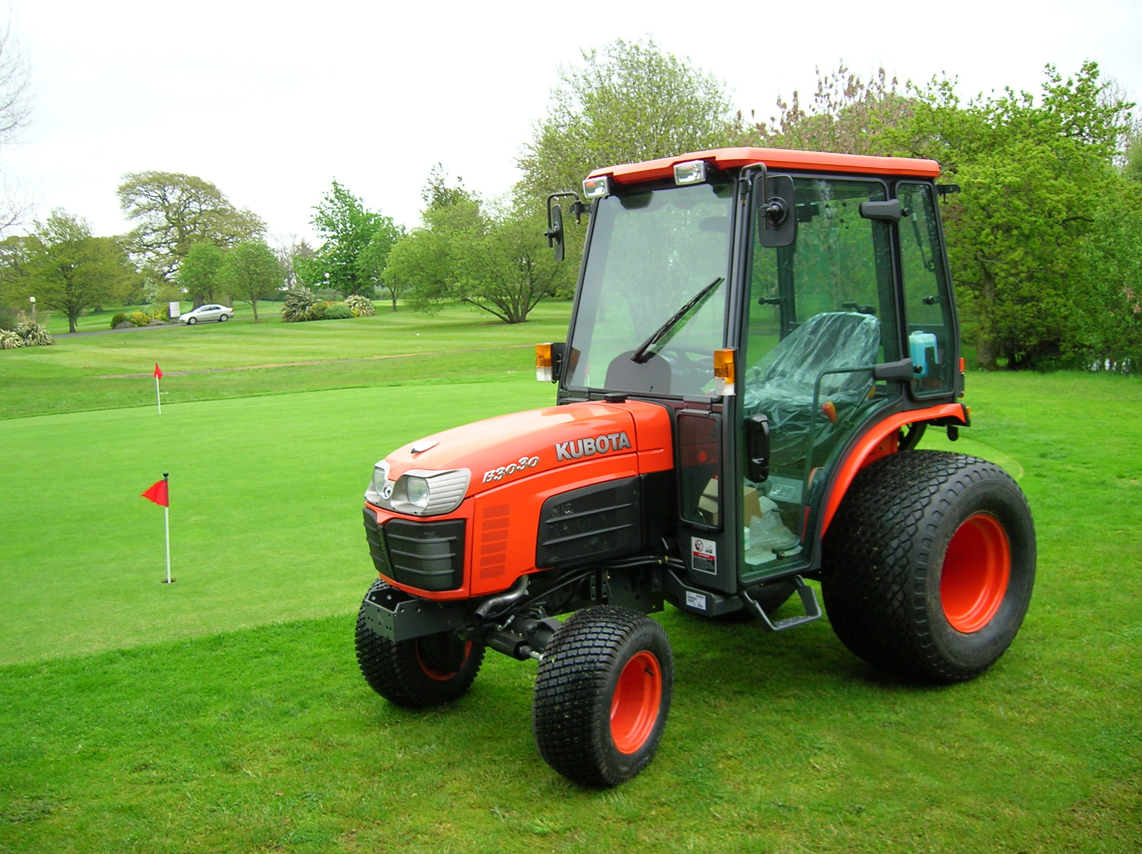 Tractor Going Right On Man : Kubota b picture reviews news specs buy car