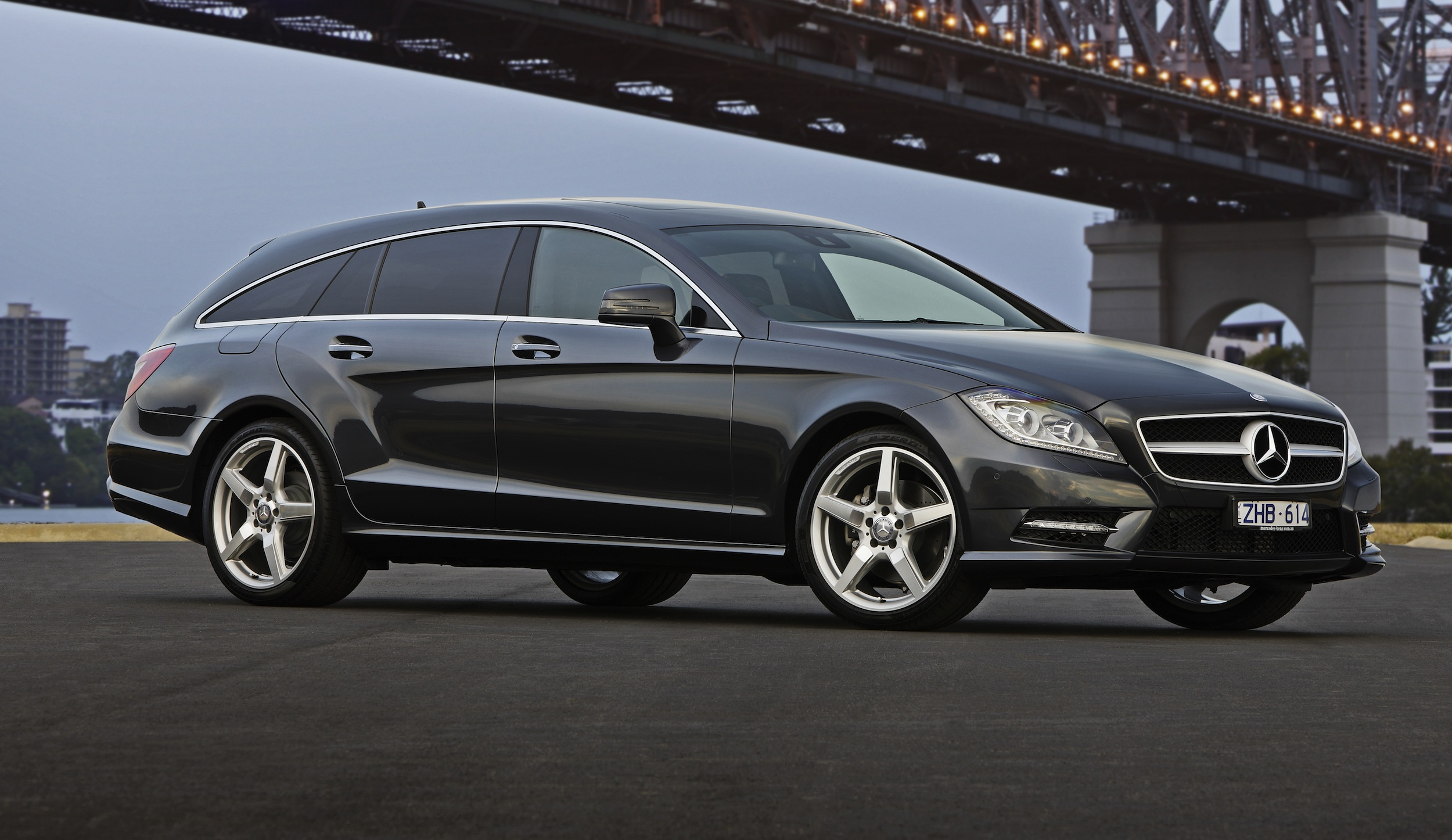 mercedes benz cls350 photos reviews news specs buy car. Black Bedroom Furniture Sets. Home Design Ideas