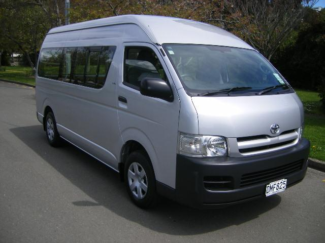 Home » Toyota Hiace Technical Specifications