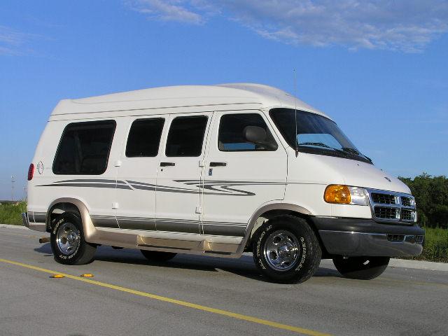 Dodge Ram Van 2500:picture # 10 , reviews, news, specs, buy car
