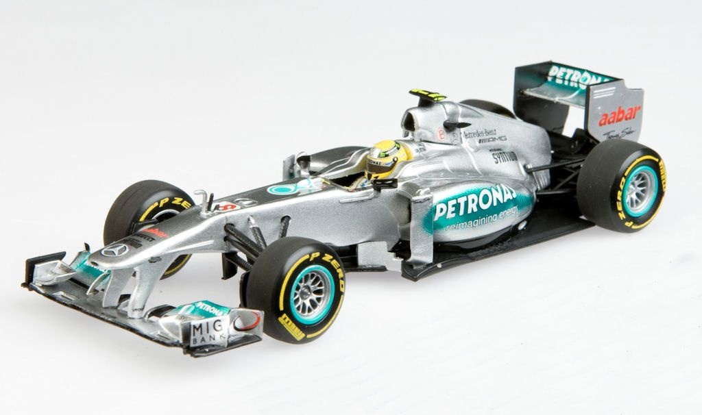 Mercedes Amg Petronas F Team Facebook