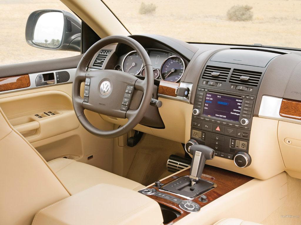 Volkswagen Touareg V10 Tdi Picture 9 Reviews News Specs Buy Car