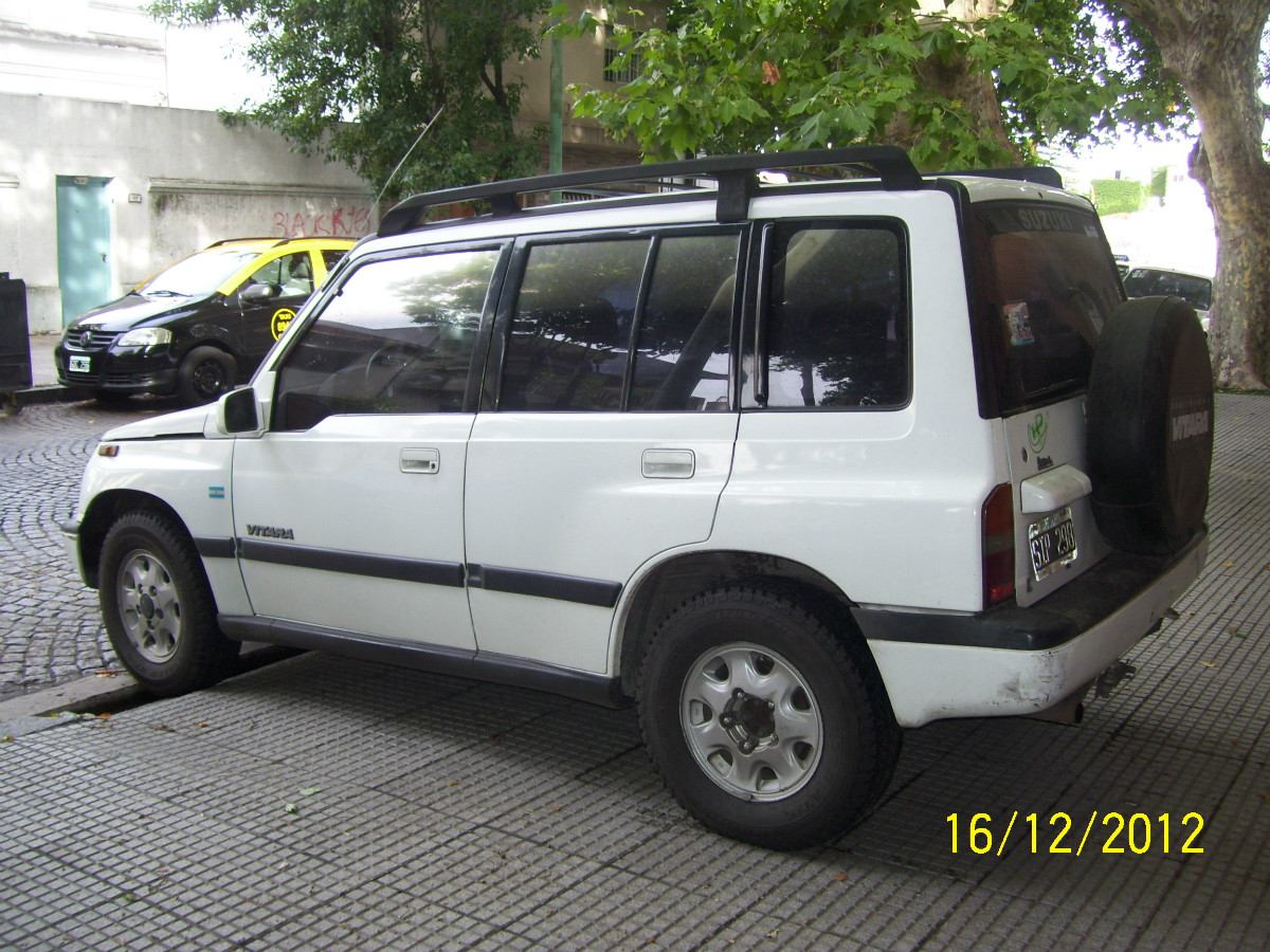 Suzuki Vitara Jlx 16 Photos Reviews News Specs Buy Car