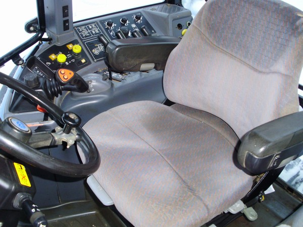 New Holland TM 150:picture # 9 , reviews, news, specs, buy car