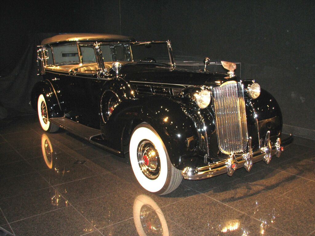 Packard Model 1608 Kellner Torpedo Cabriolet