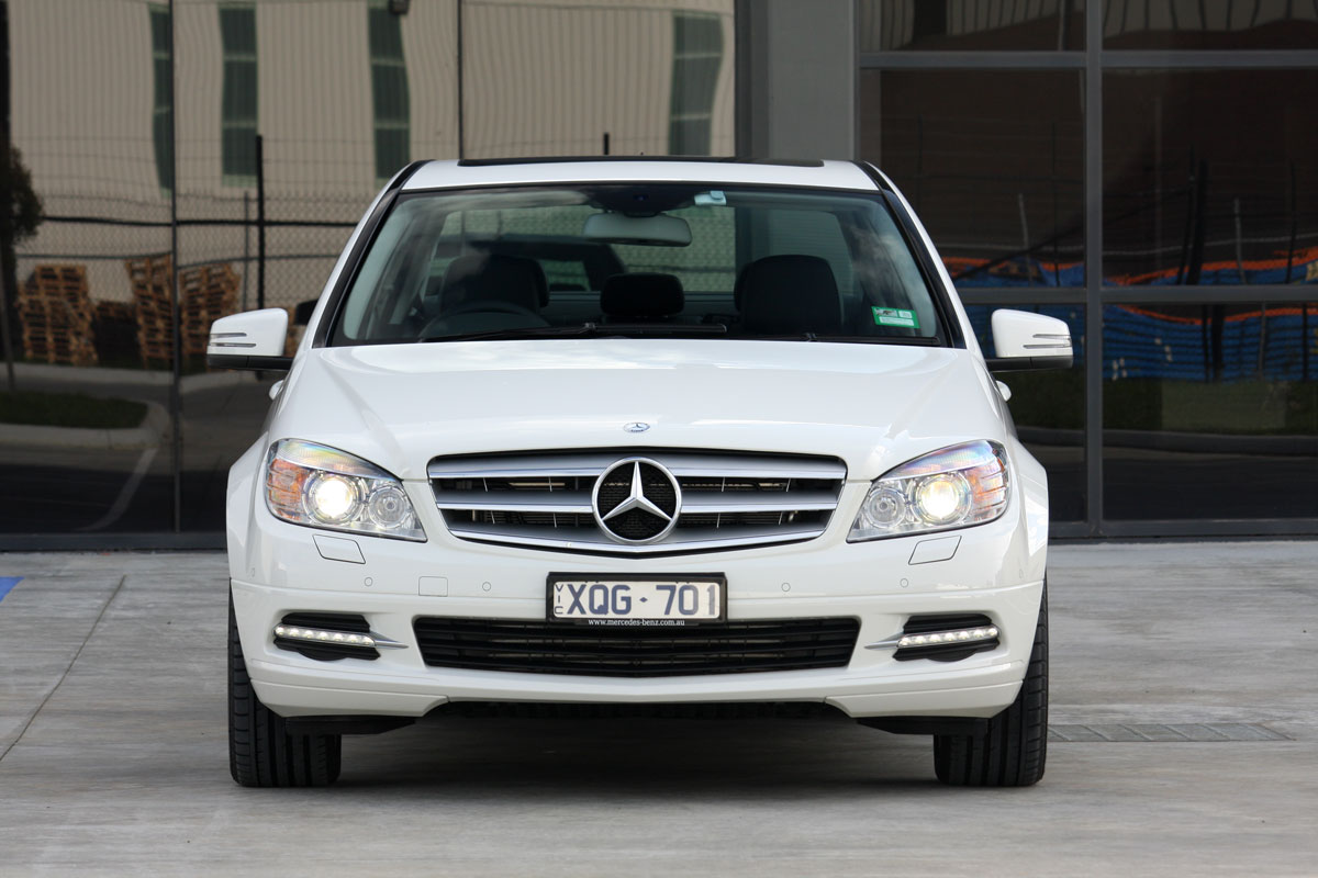 mercedes benz c200 photos reviews news specs buy car. Black Bedroom Furniture Sets. Home Design Ideas
