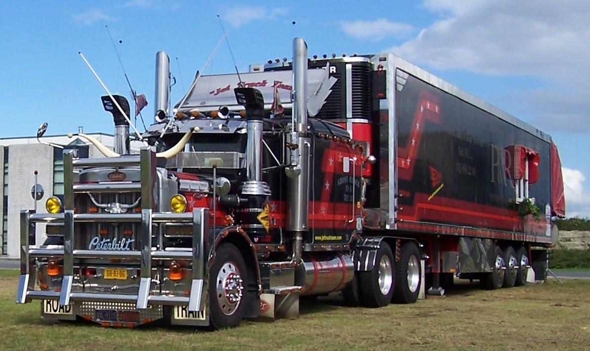 Peterbilt 359 Photos Reviews News Specs Buy Car
