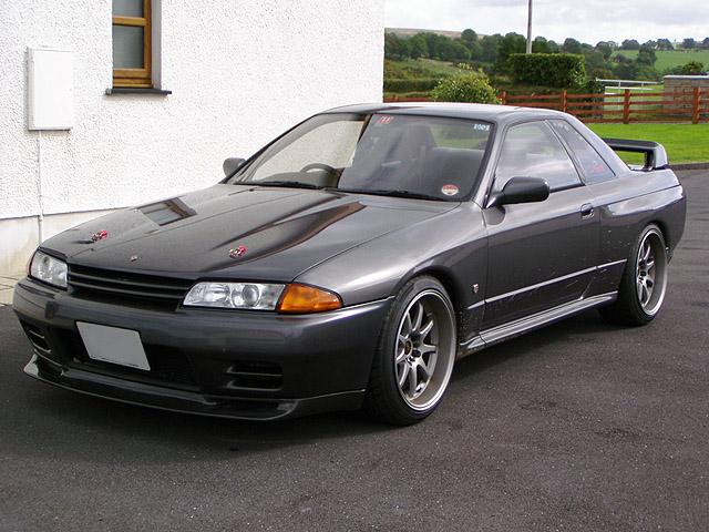 Quais carros você curte? - Página 3 I-drive-a-grossly-overpriced-volvo-xc60-nissan-skyline-r32-gtr_2246a