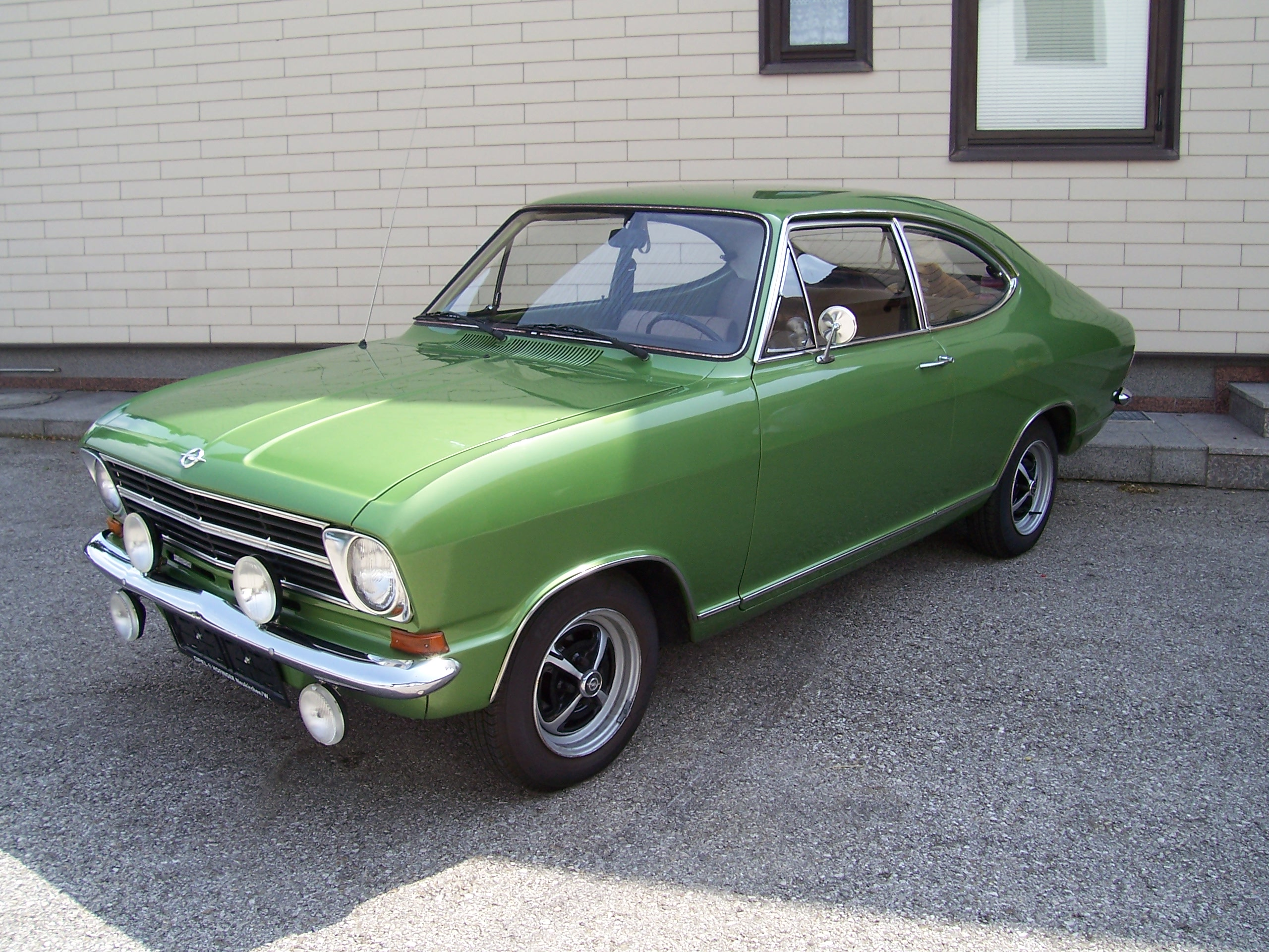 opel kadett b coupe photos reviews news specs buy car. Black Bedroom Furniture Sets. Home Design Ideas