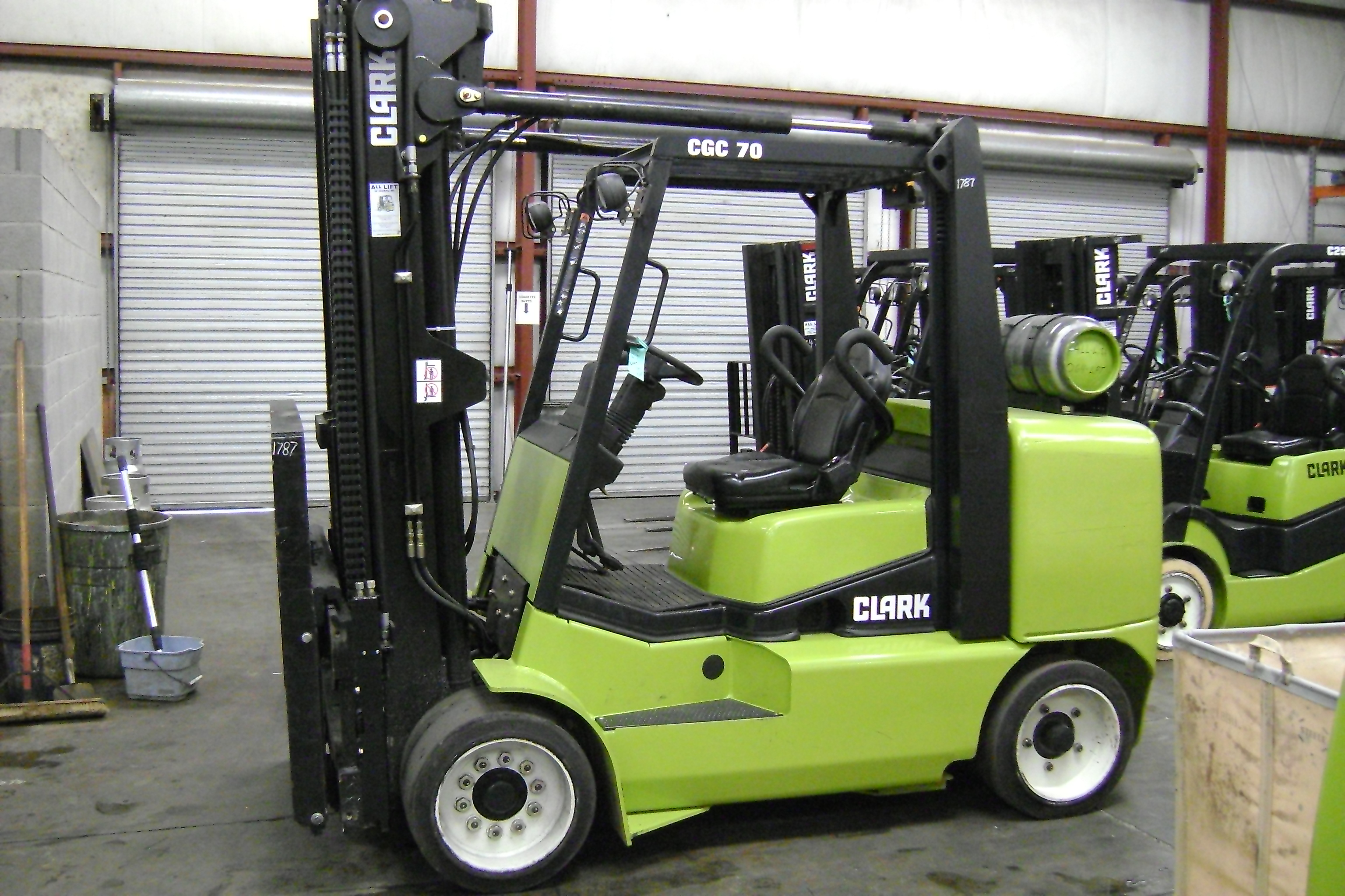 Clark Forklift Picture 14 Reviews News Specs Buy Car