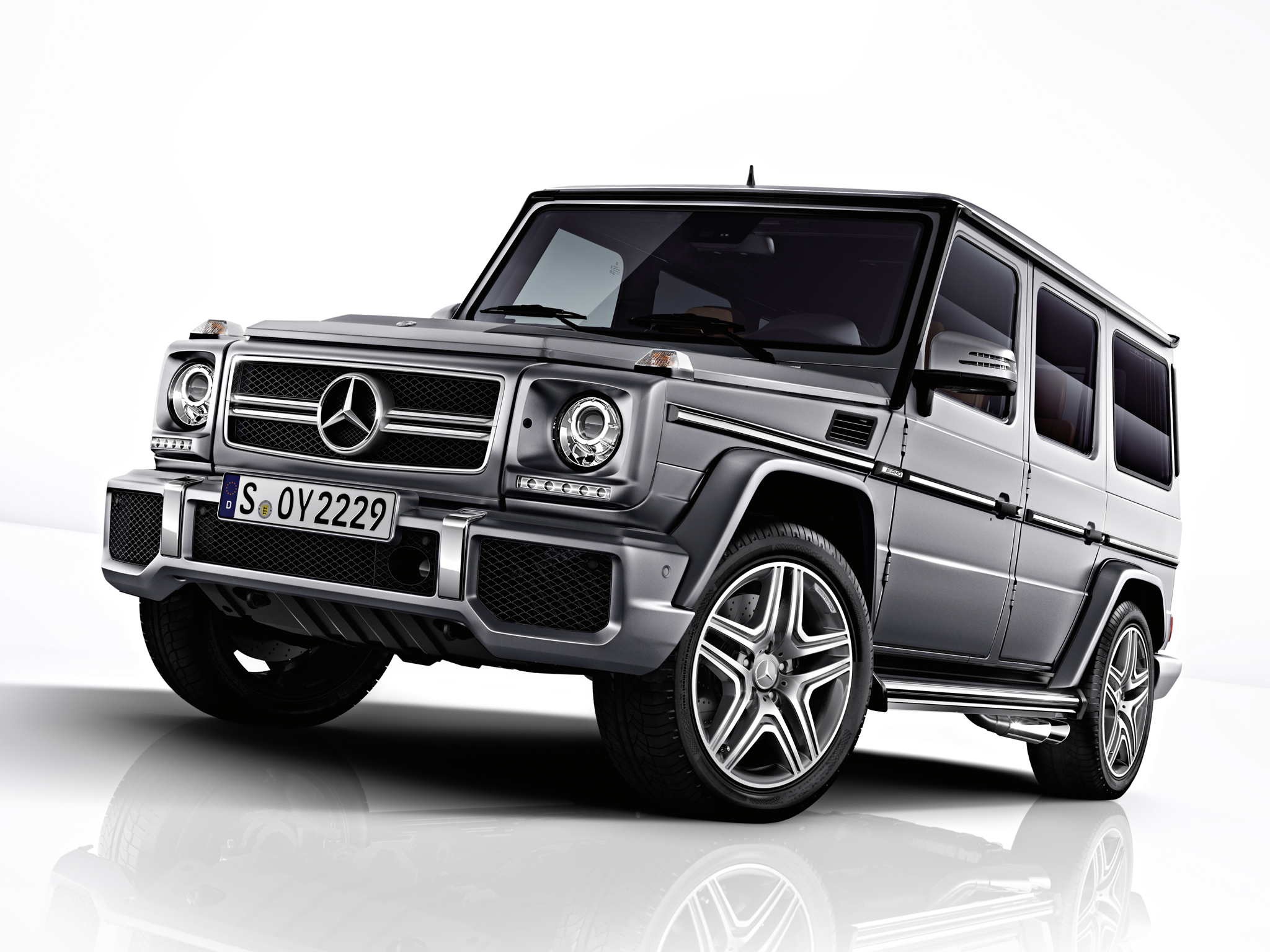 Mercedes benz g class amg photos reviews news specs for Mercedes benz g class used 2003