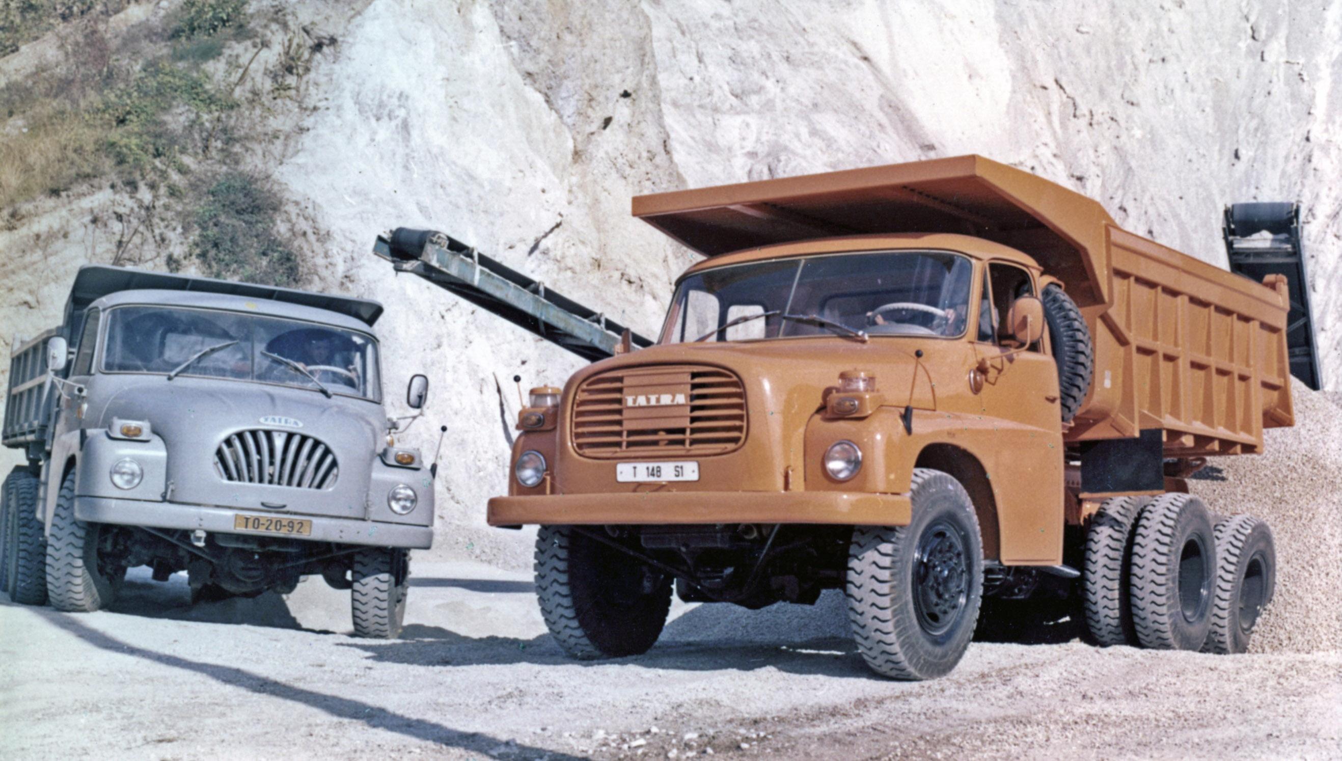 Tatra 148 Picture 11 Reviews News Specs Buy Car