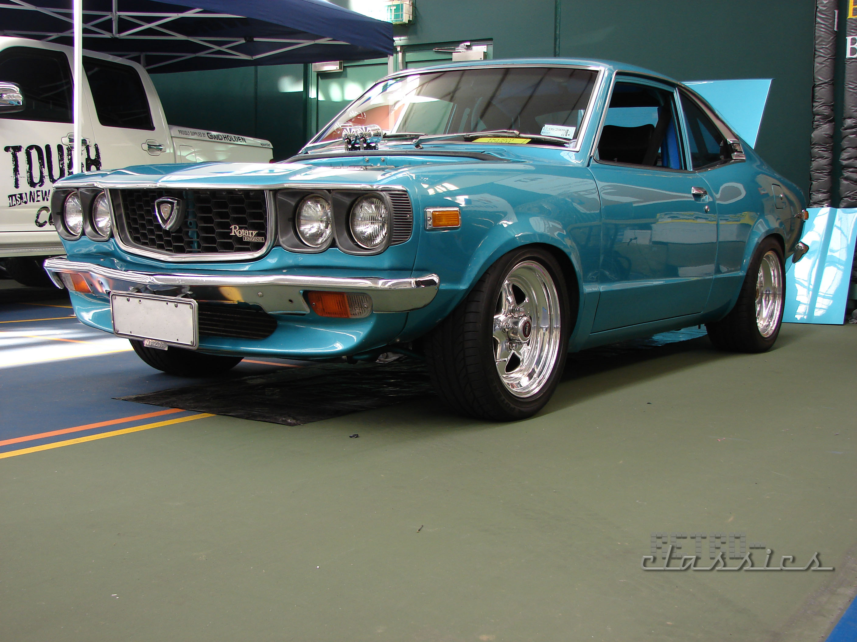 view-full-size-more-1973-mazda-rx3-savan