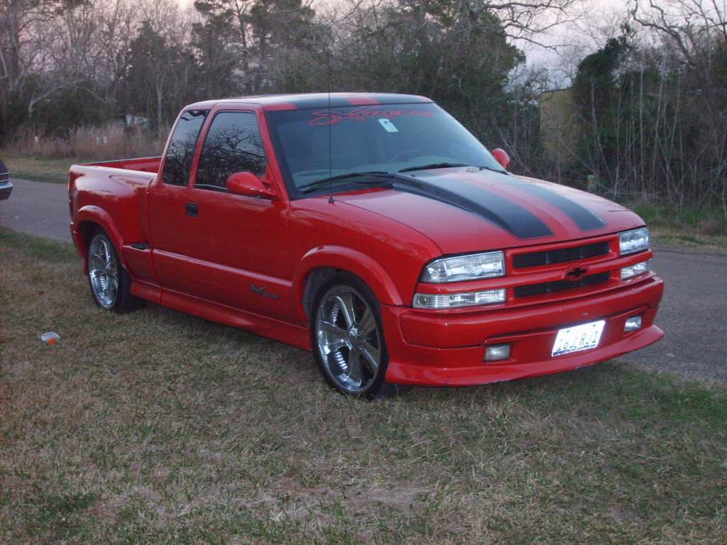 Chevrolet s 10 xtreme photos reviews news specs buy car