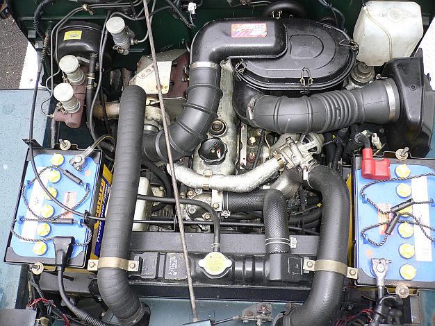 mitsubishi-jeep-turbo-view-download-wall