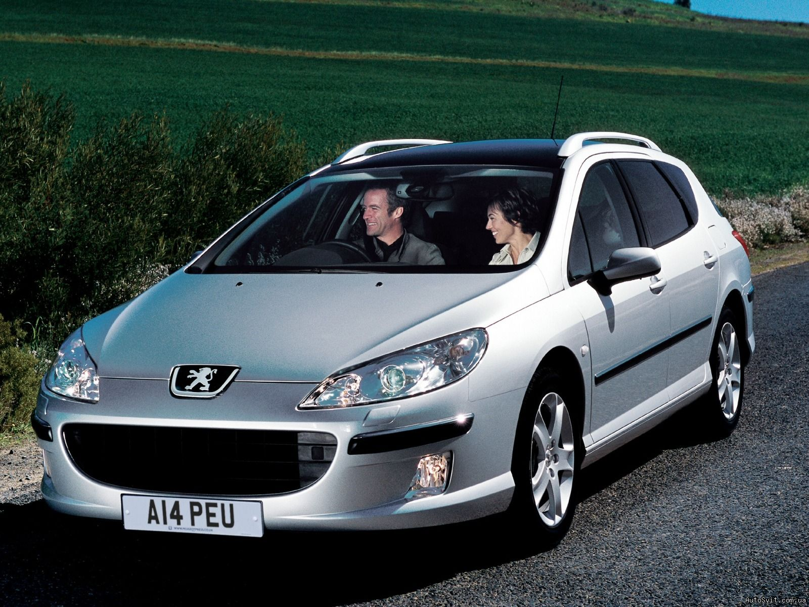 Peugeot 407 sw picture 11 reviews news specs buy car for Interieur 407 sw