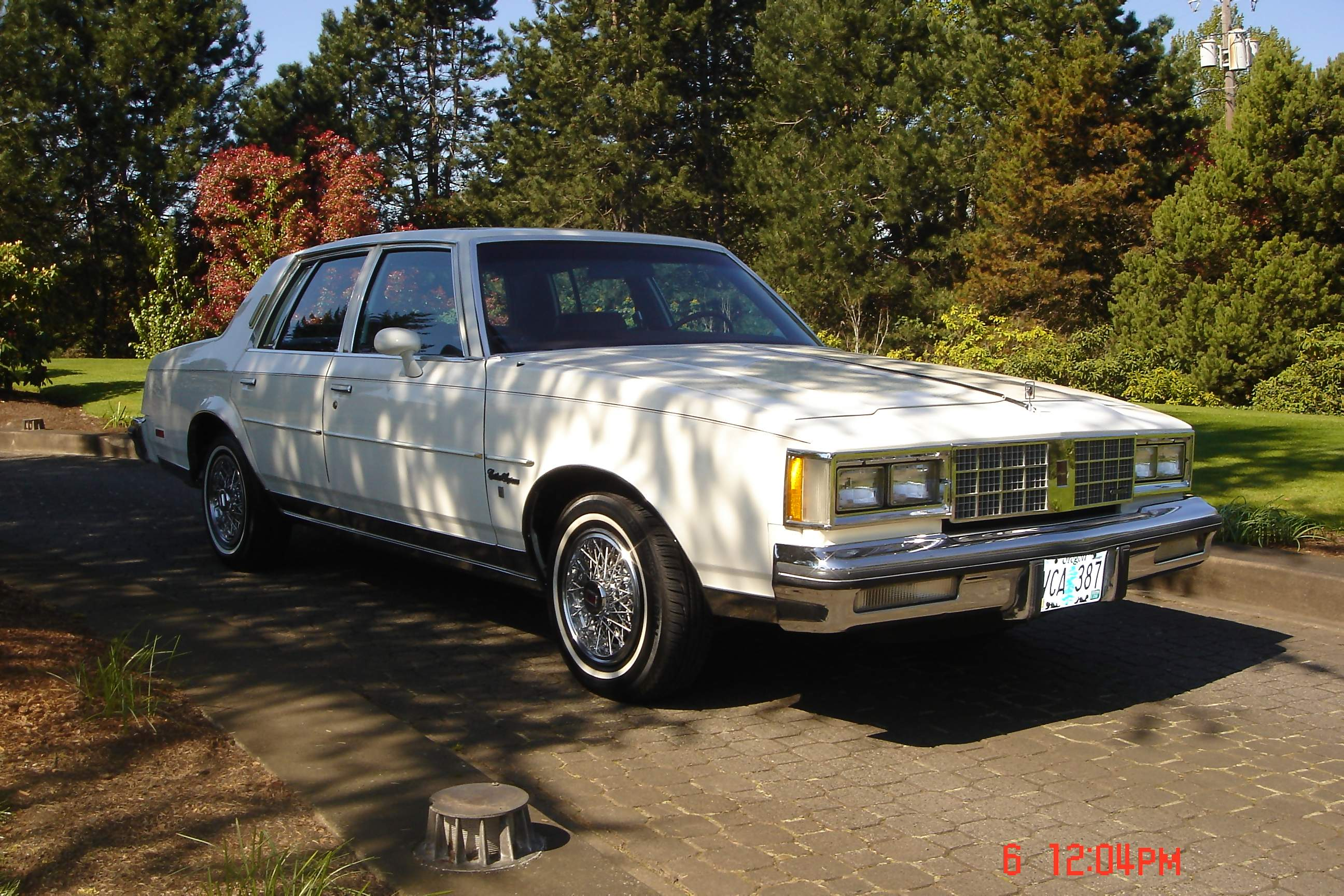 Oldsmobile Cutlass Supreme Brougham Picture 6 Reviews