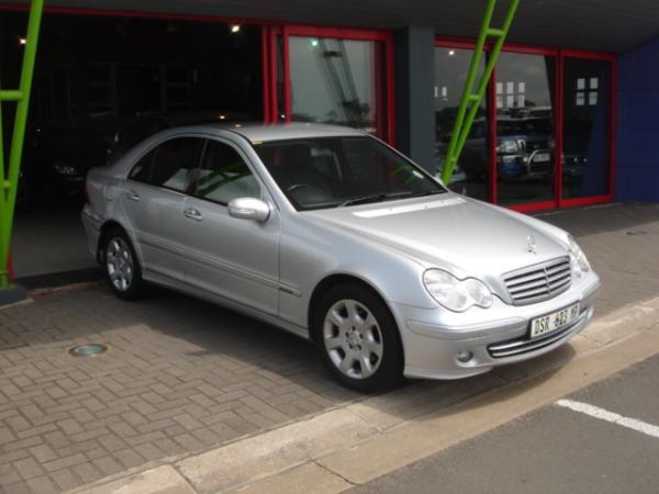 Mercedes benz c 180k classic sedan picture 10 reviews for Buy classic mercedes benz