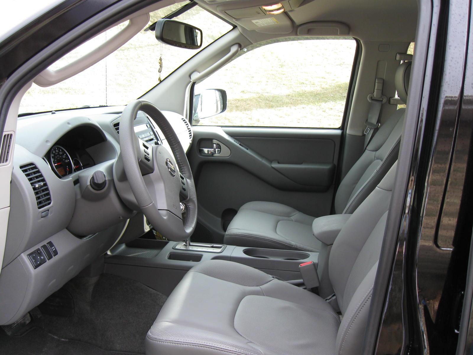 Nissan Frontier Le Picture 2 Reviews News Specs Buy Car