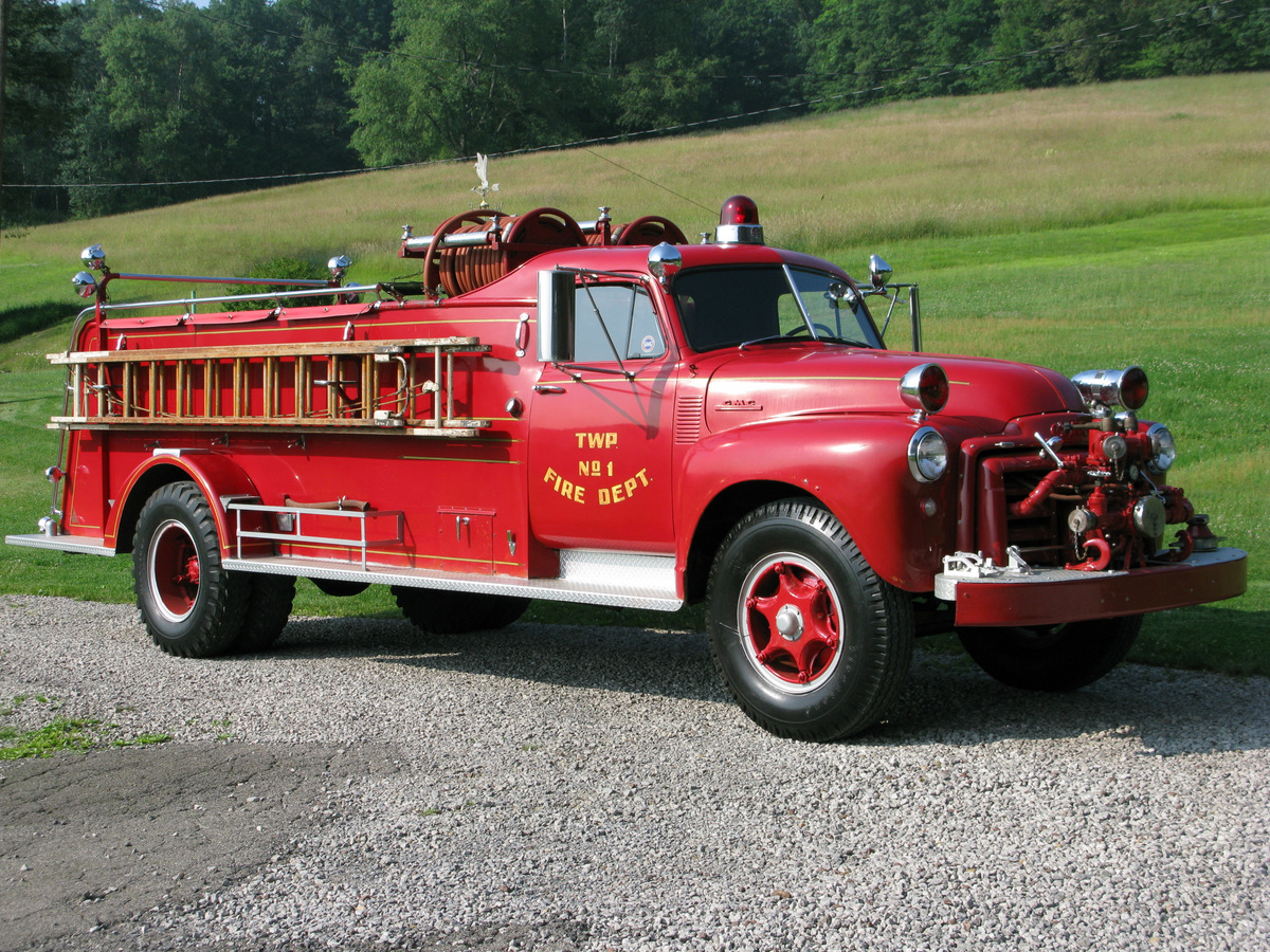 gmc 450 fire truck photos reviews news specs buy car. Black Bedroom Furniture Sets. Home Design Ideas