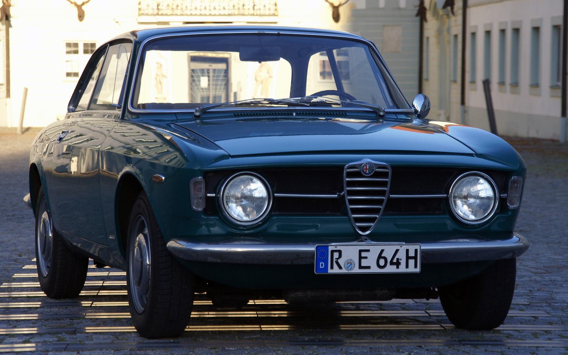 Alfa Romeo Giulia News Alfa Romeo Giulia 1300 gt