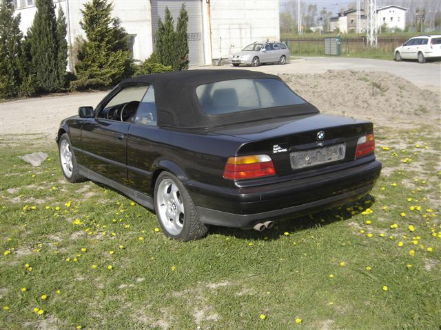 bmw 325i cabrio photos reviews news specs buy car. Black Bedroom Furniture Sets. Home Design Ideas