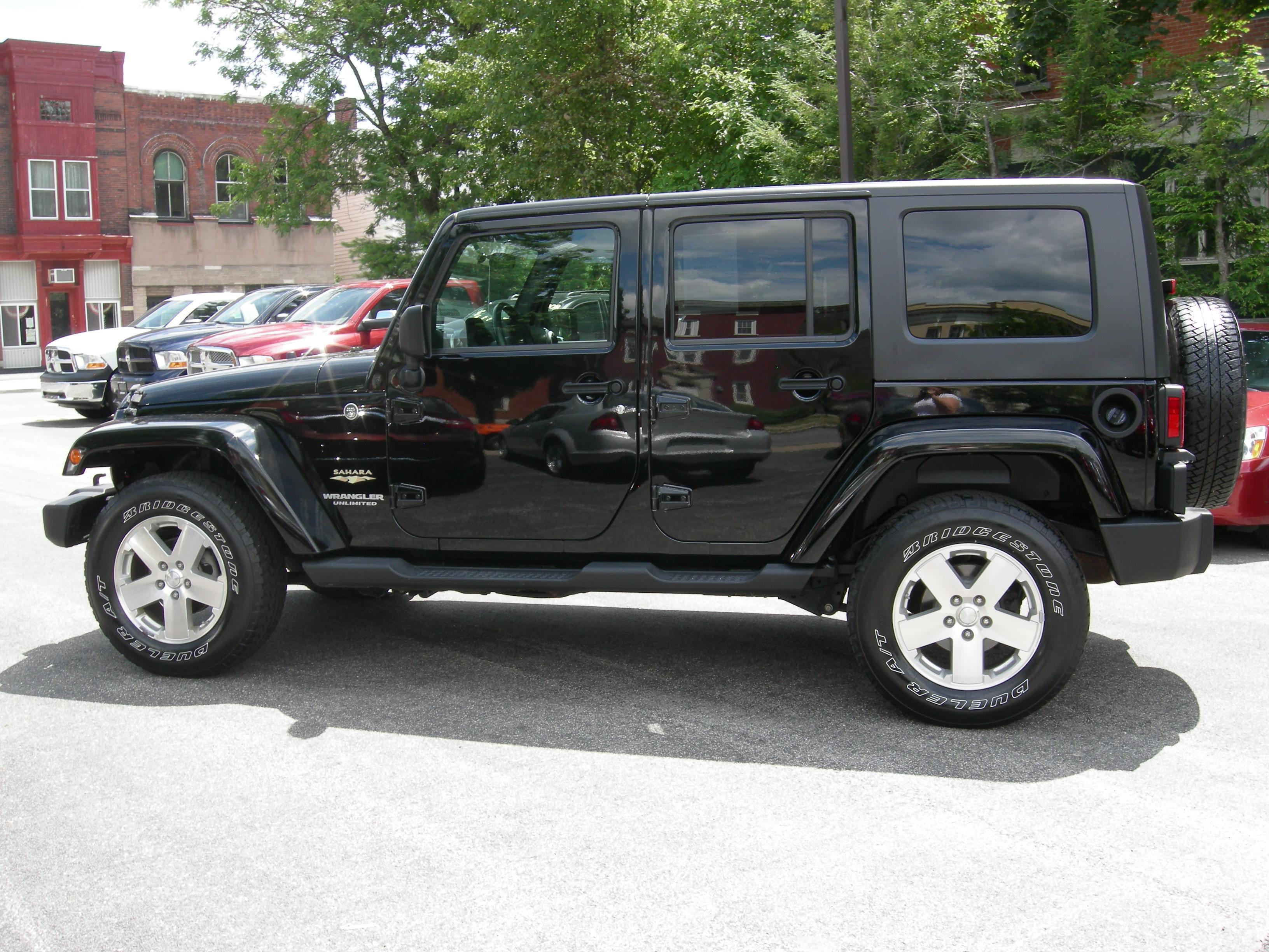 jeep wrangler unlimited sahara picture 6 reviews news specs buy car. Black Bedroom Furniture Sets. Home Design Ideas