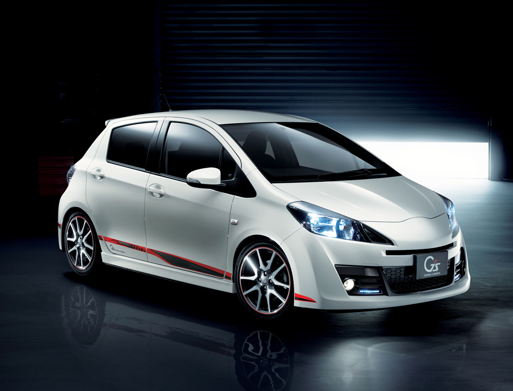 toyota vitz rs picture 13 reviews news specs buy car