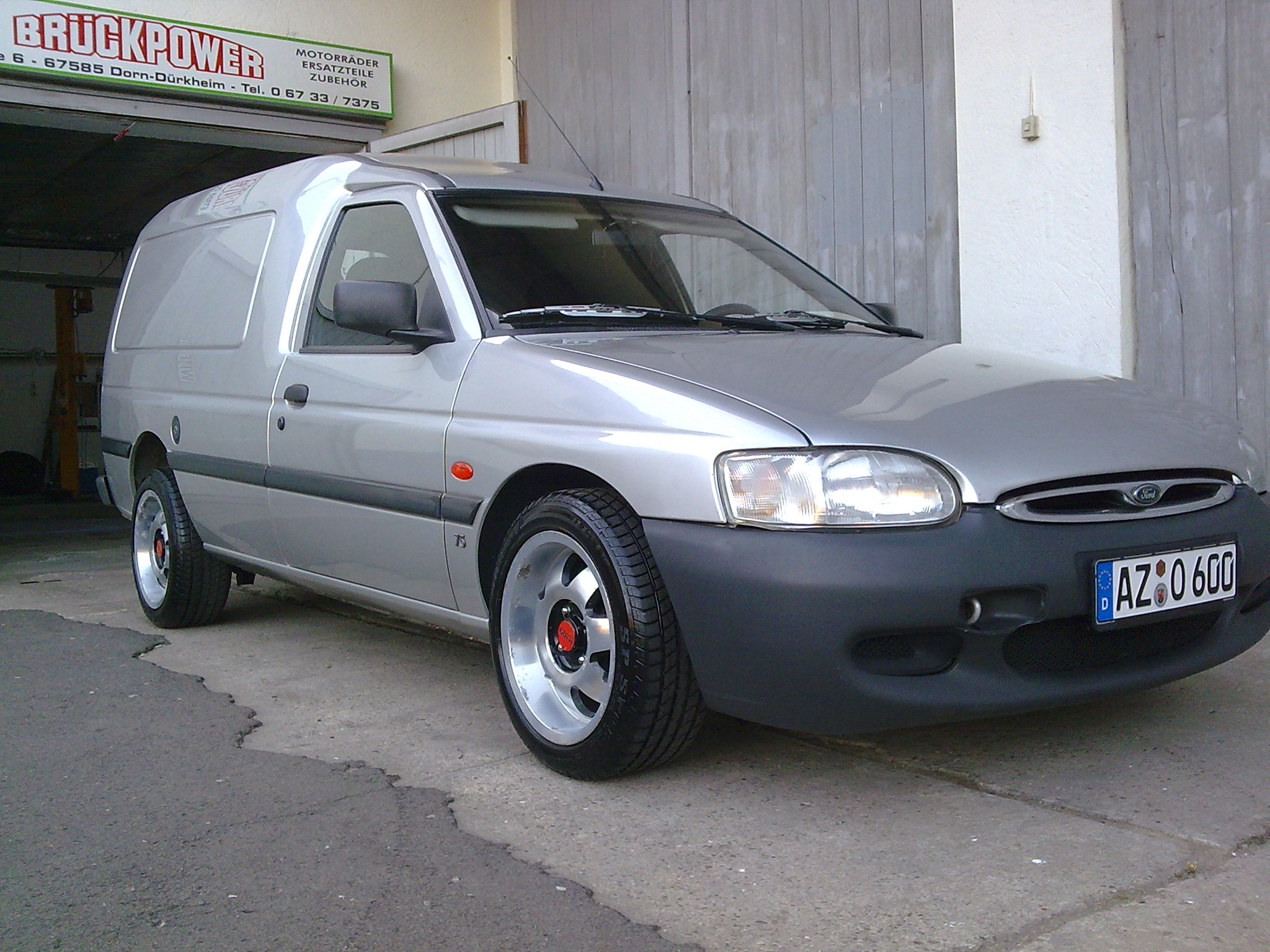 Ford Escort Express Picture 8 Reviews News Specs