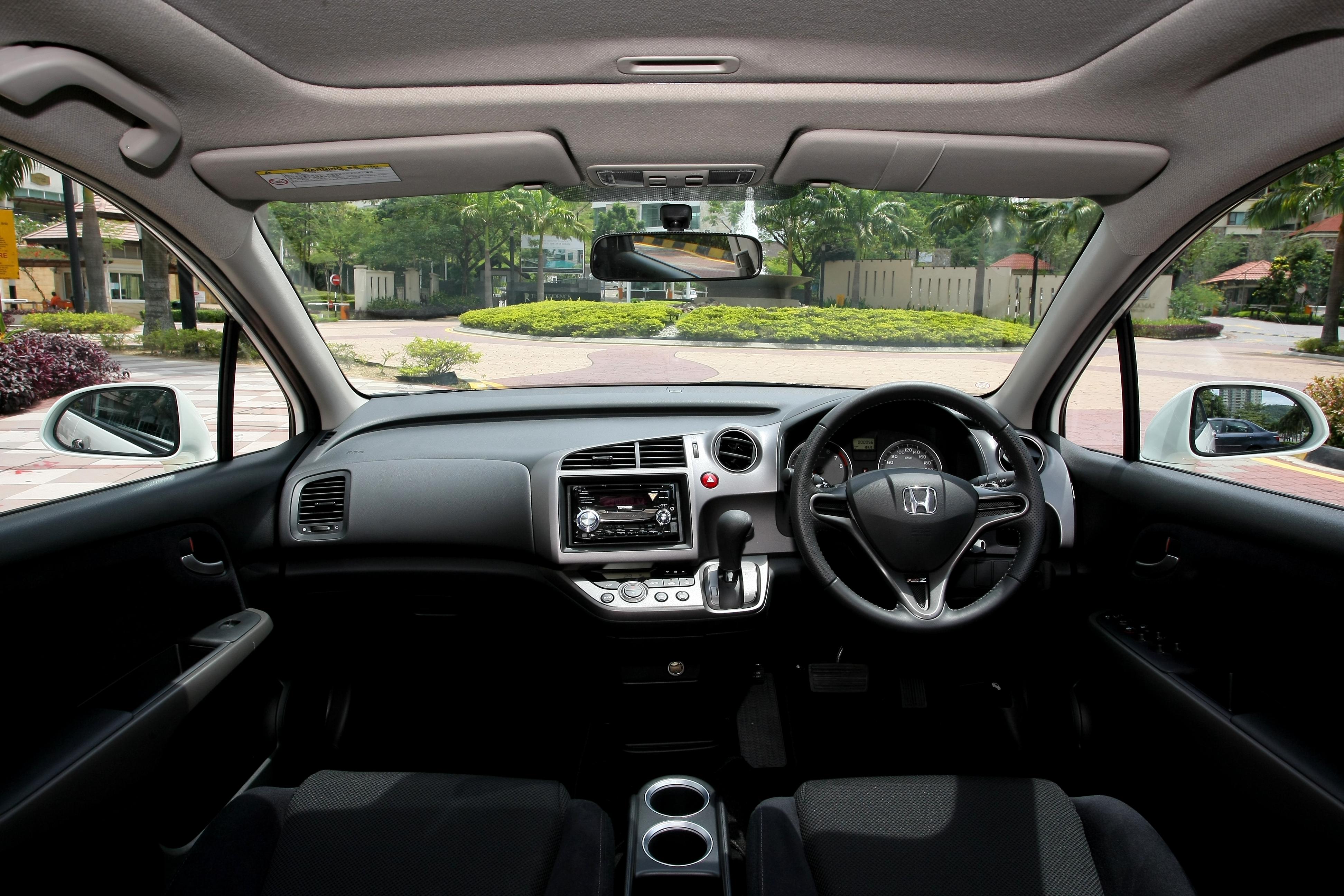 honda stream rszpicture  reviews news specs buy car