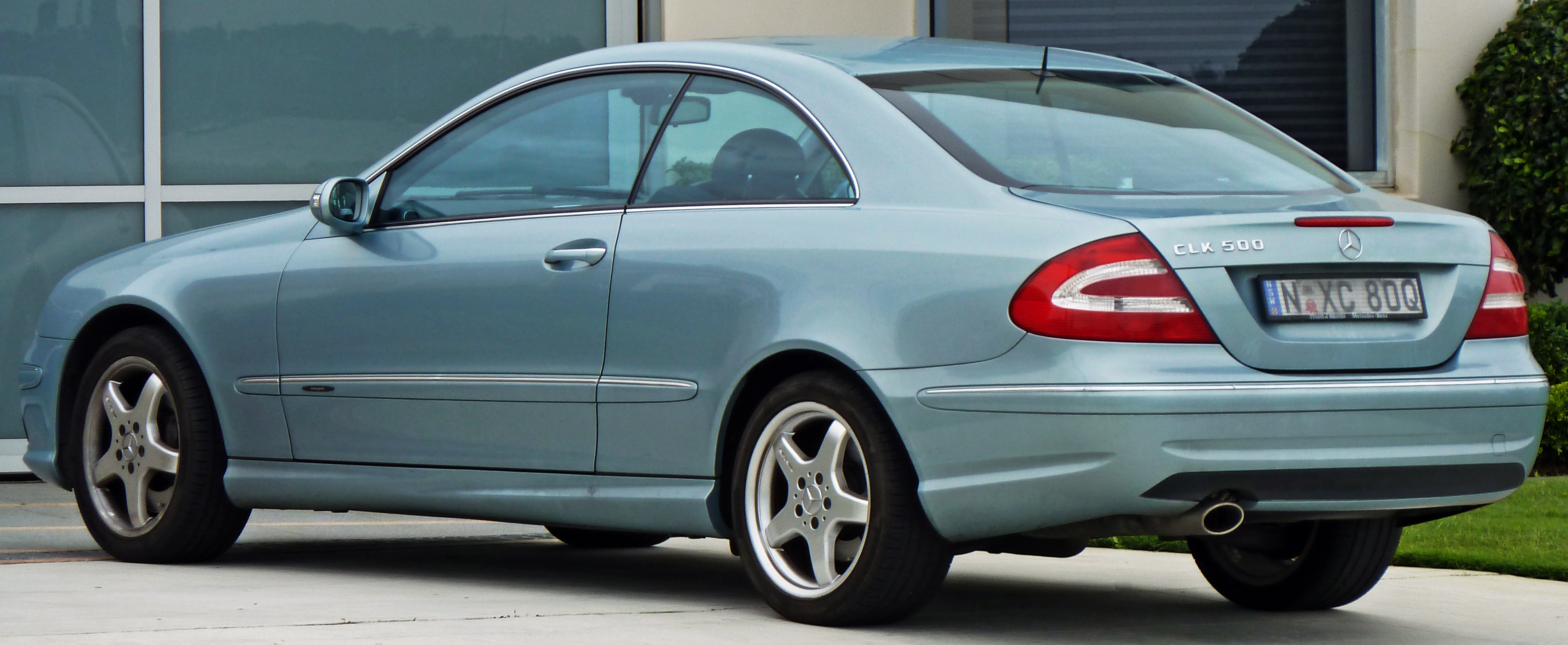 Mercedes benz clk 500 photos reviews news specs buy car for Mercedes benz specs