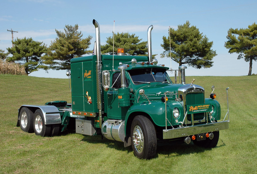 Mack B61 Photos Reviews News Specs Buy Car