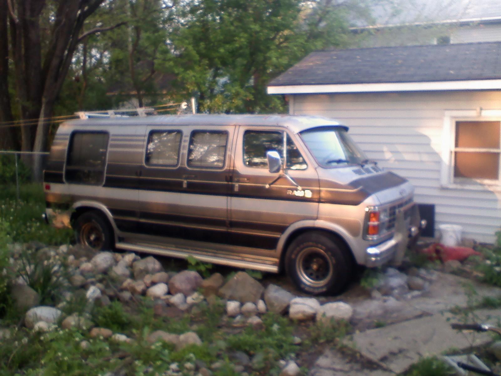 Dodge Van Picture 13 Reviews News Specs Buy Car